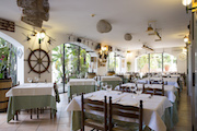 Hotel in Sardinia: the restaurant